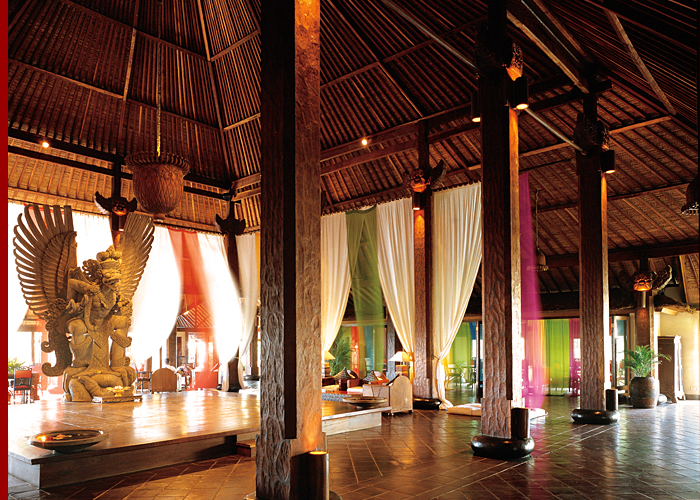 Stay 3 nights and pay for 2 at tugu hotel bali top for Luxury places to stay in bali