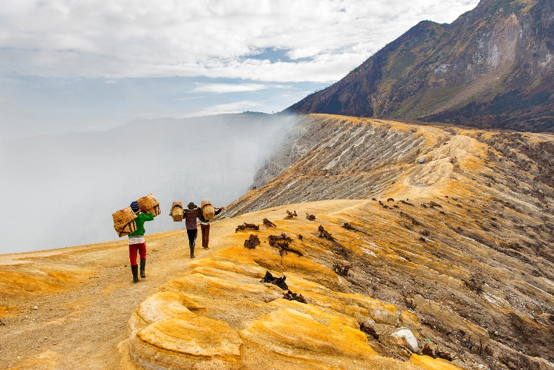 Ijen - Sulfur Miners Going to Work