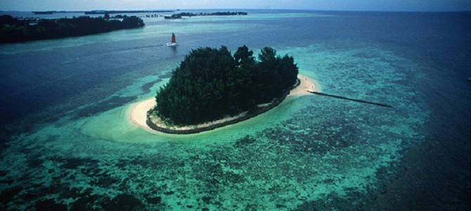 Isle East Indies luxury private island rental, Thousand Island Jakarta