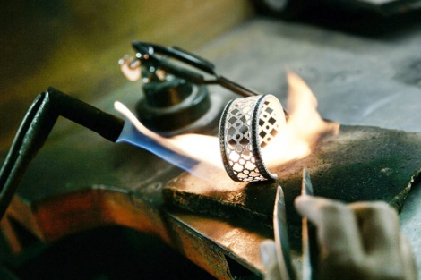 Silver making workshop at john hardy jewelry bali top for John hardy jewelry factory bali