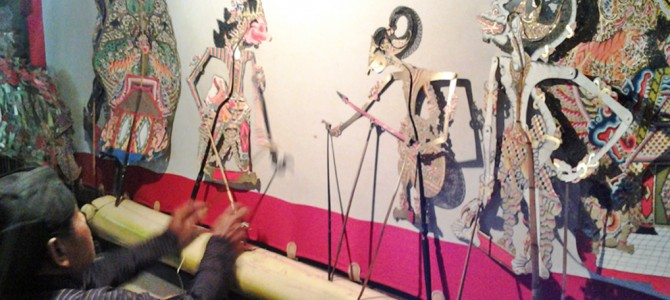 Yogyakarta Disvovery : Batik Making Workshop and Handmade Puppets