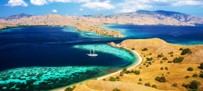 Exclusive 50% OFF, Mutiara Laut luxury Yacht Charter  Bali – Komodo