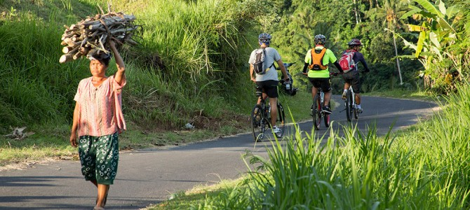 Adventurous Bali: Trekking, Cycling and Canoeing in the exotic countryside